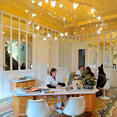 Cabinet du chirurgien esthétique à Lyon| Dr Corniglion